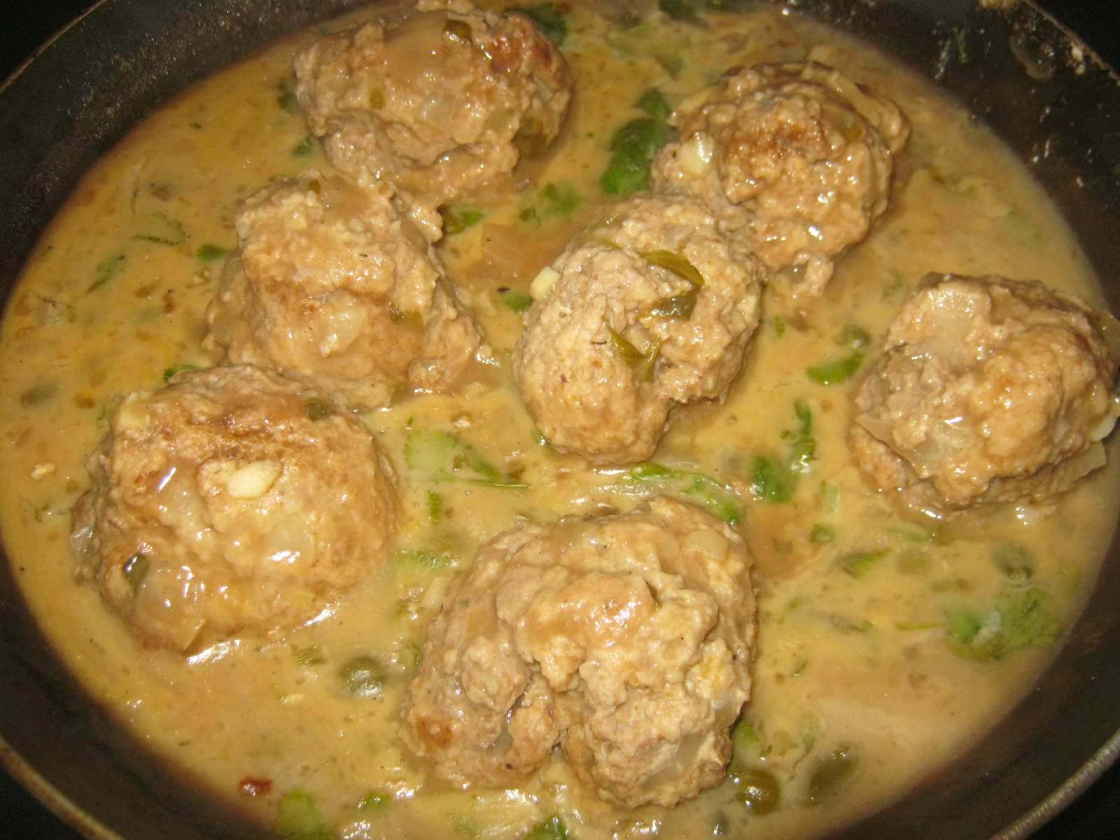 Königsberger Klopse (German cooked meatballs with sweet and sour caper sauce)