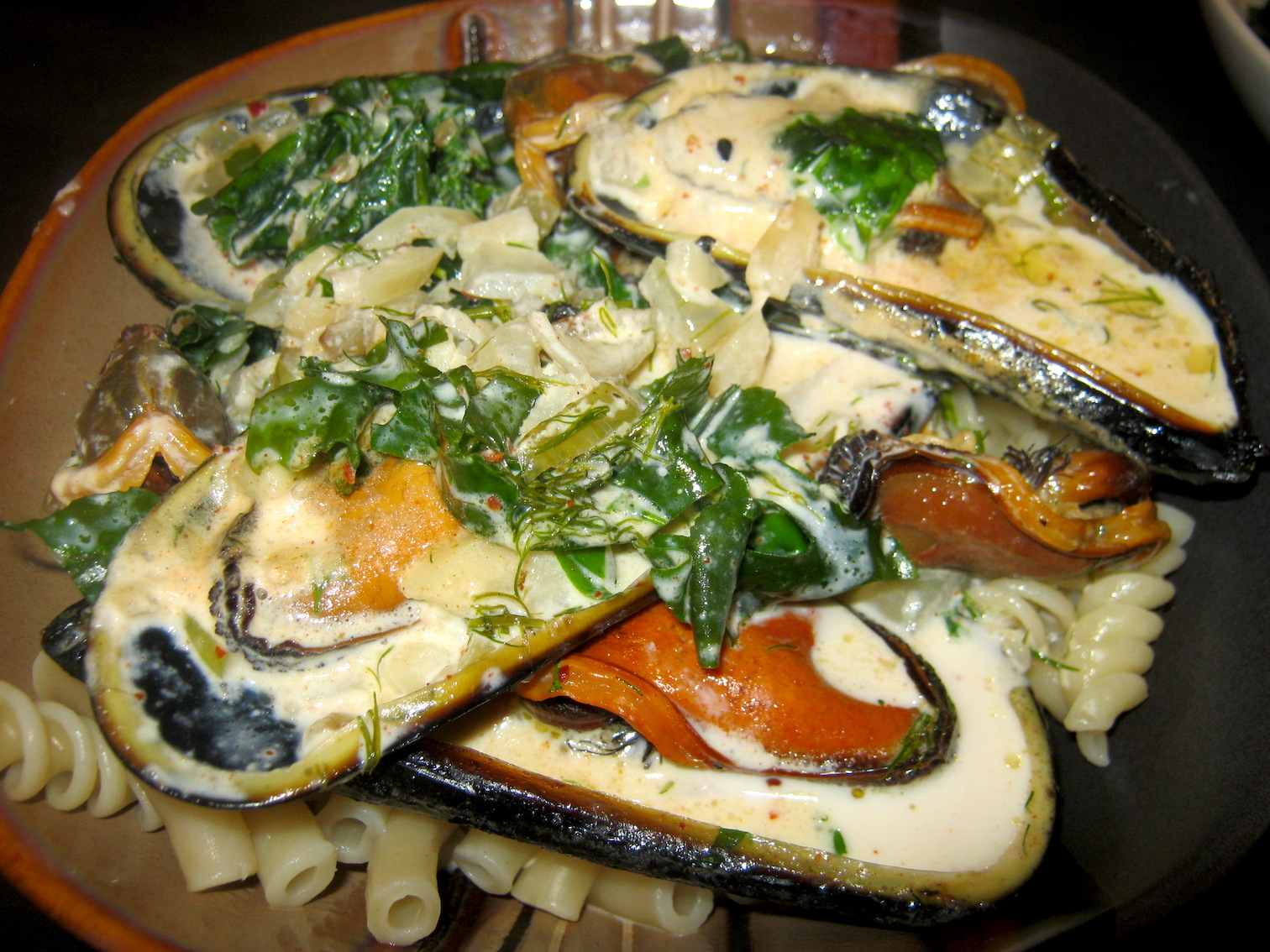 Mussels in Sea lettuce cream sauce