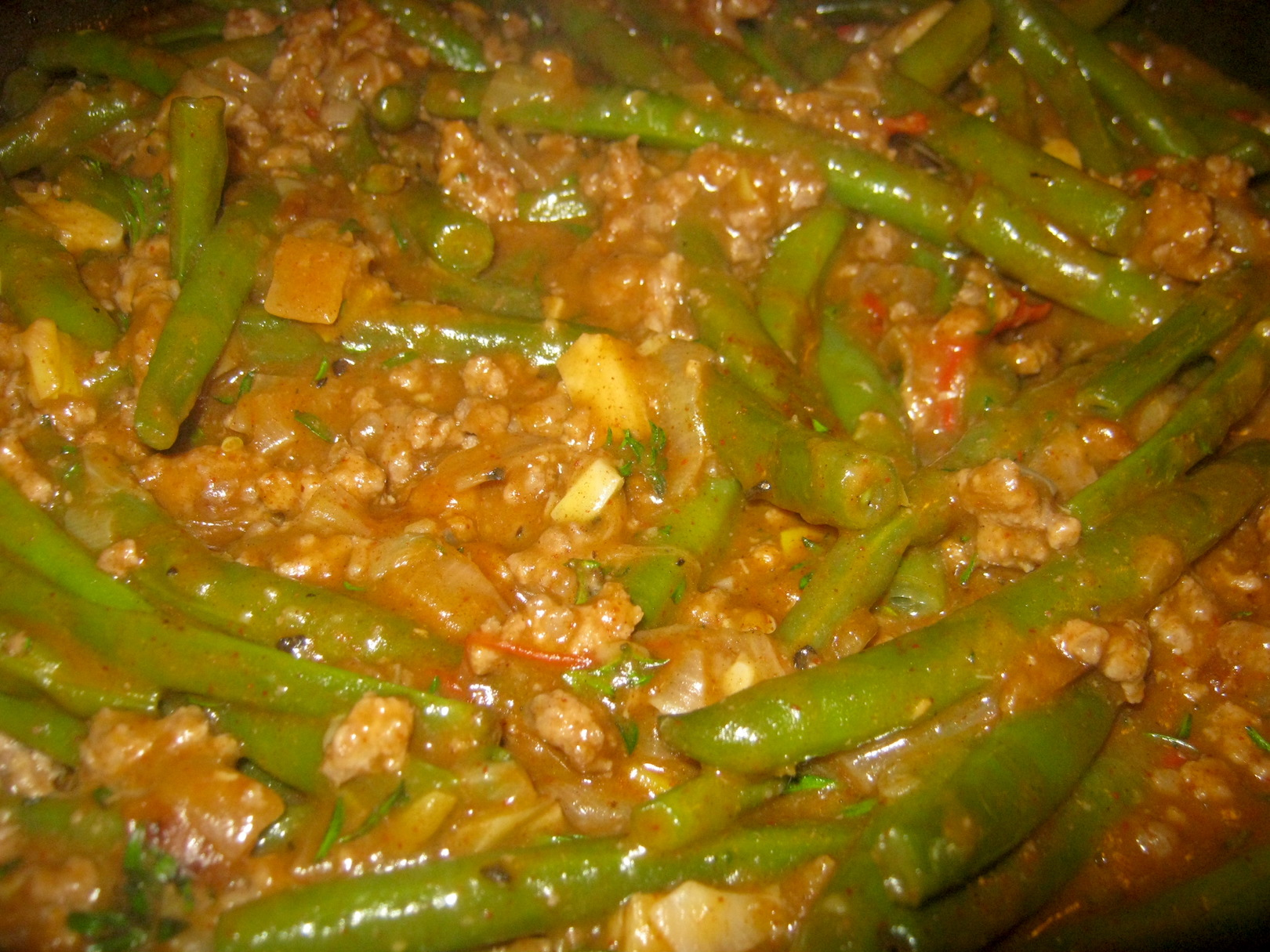 Mamas Green Bean Stew with Mince, Mashed Potatoes and Gravy (Schmurks)
