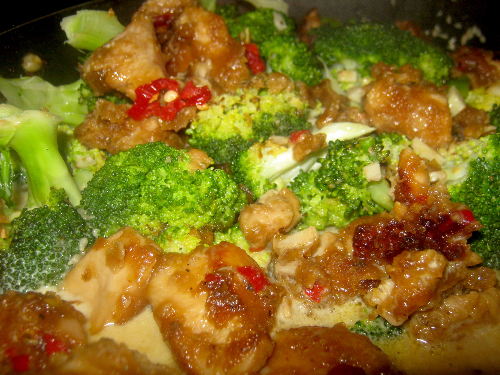 Sweet and tasty Broccoli Honey Chicken served with rice or potatoes