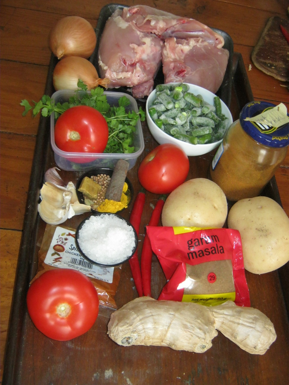 Ingredients for mild Durban chicken curry