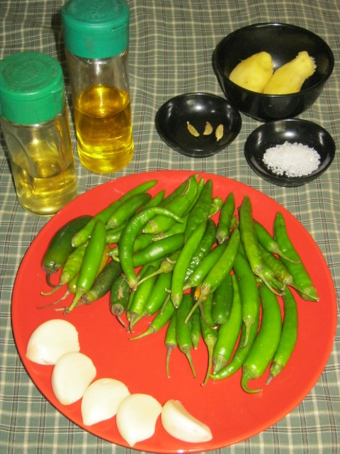 Ingredients for green Indian msala paste