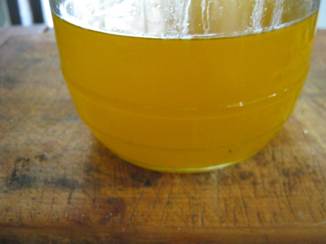Niter kibe finished liquid in jar