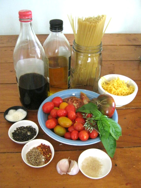 Ingredients for Spaghetti with fresh garden tomato sauce recipe