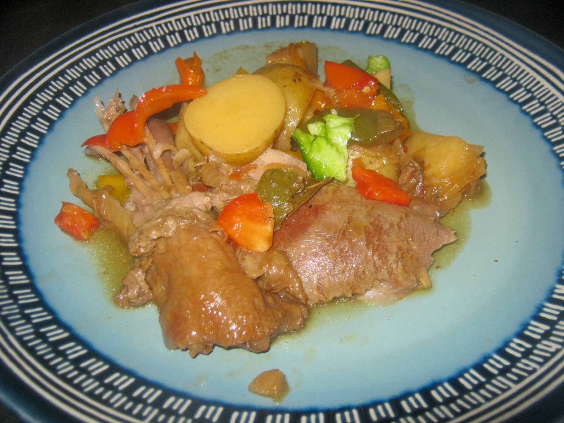 Turkey and pepper stew served on a plate