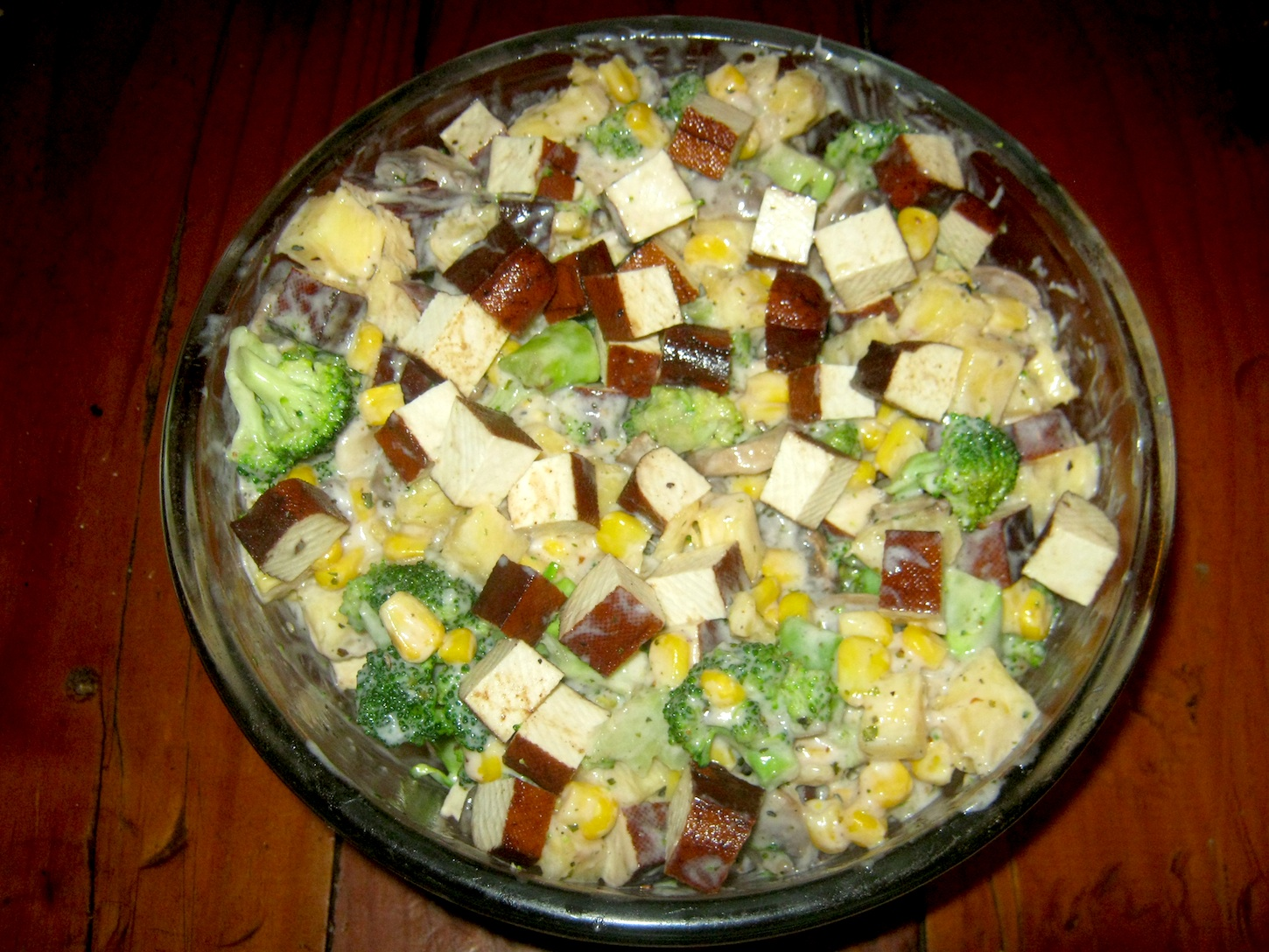 Smoked Tofu Salad in glass bowl